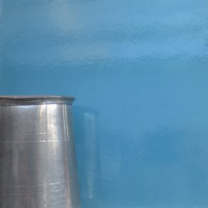 Glossy Faux Lacquer Finish In Blue